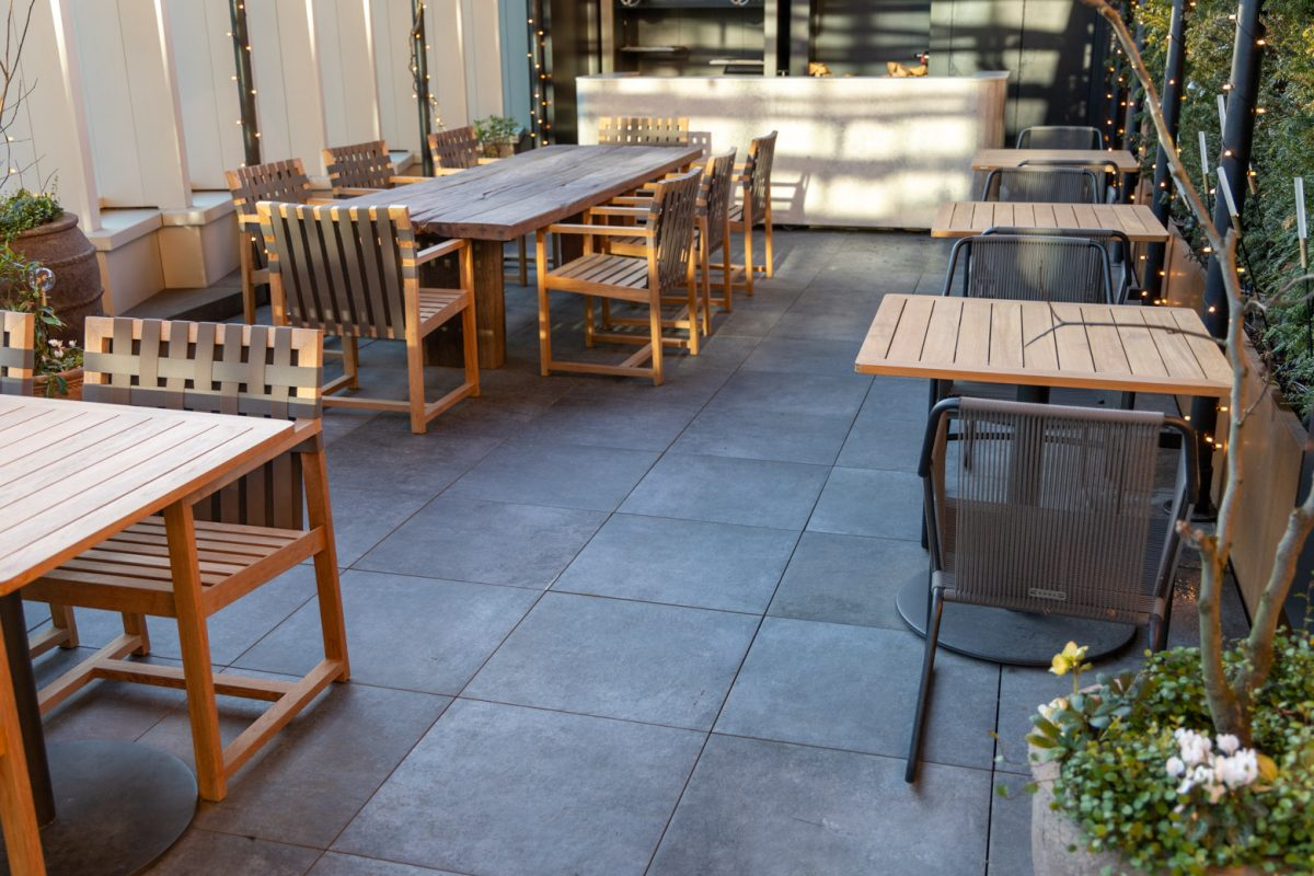 Alfresco Floors | Porcelain 20mm exterior porcelain | The Stratford Hotel